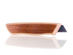 Holzcutter aus Amazakoue