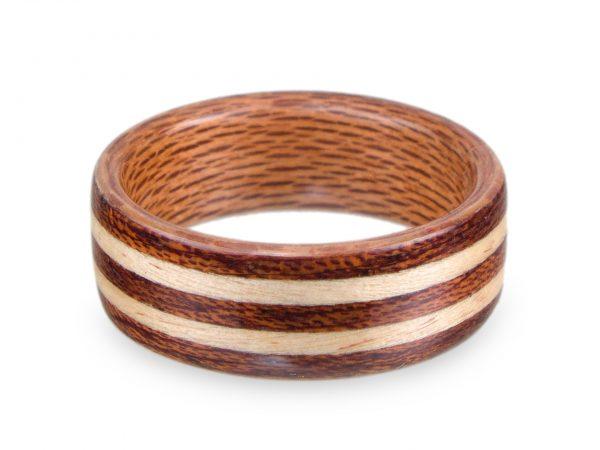 Holzring aus Ahorn, Mahagoni und Platane